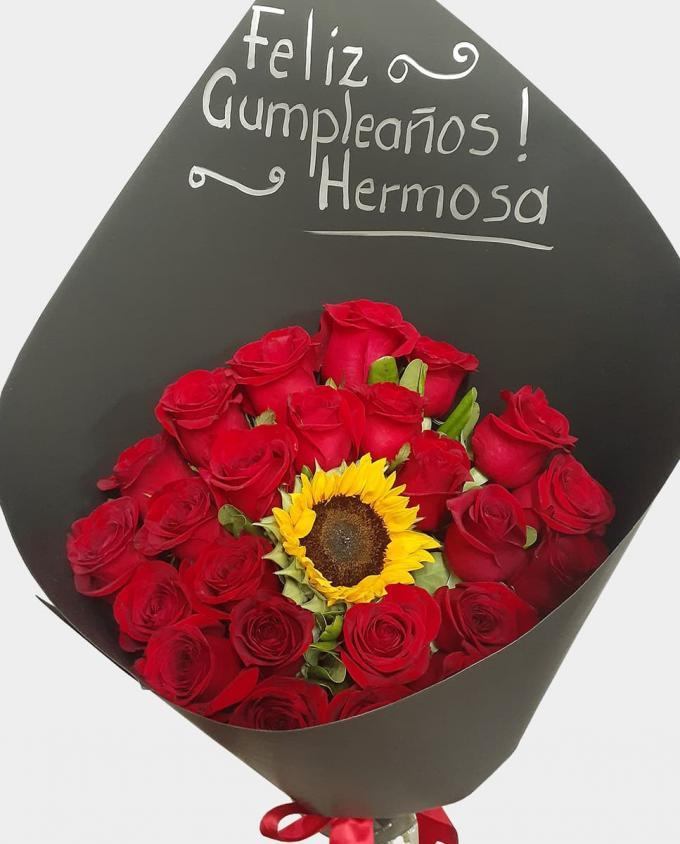 Sunny Love - Florería Miranda